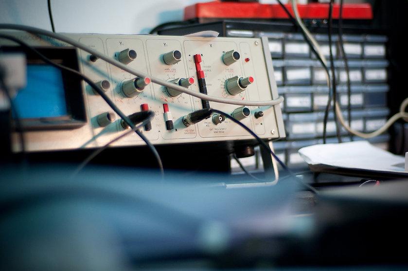 oscilloscope-4323959_1920.jpg