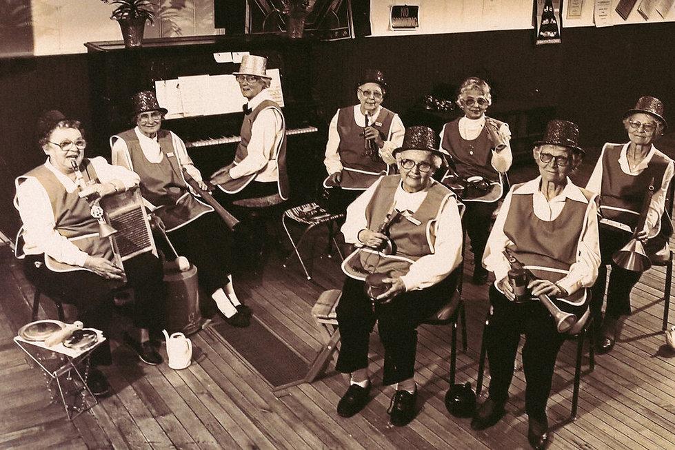 Lealanau Community Band.jpg