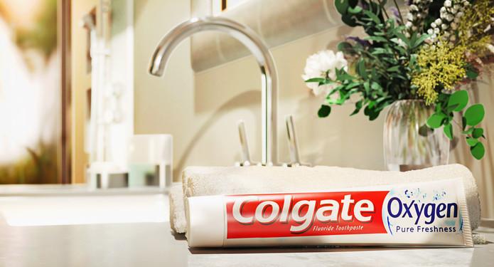 005_Colgate_bathroom_low res.jpg