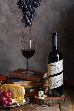 Вино Иберия Мукузани