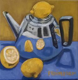 stilleven theepot met citroenen
