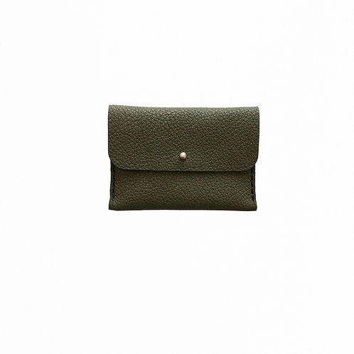 Green cardholder made of bio leather from Disselhoff with black stitching