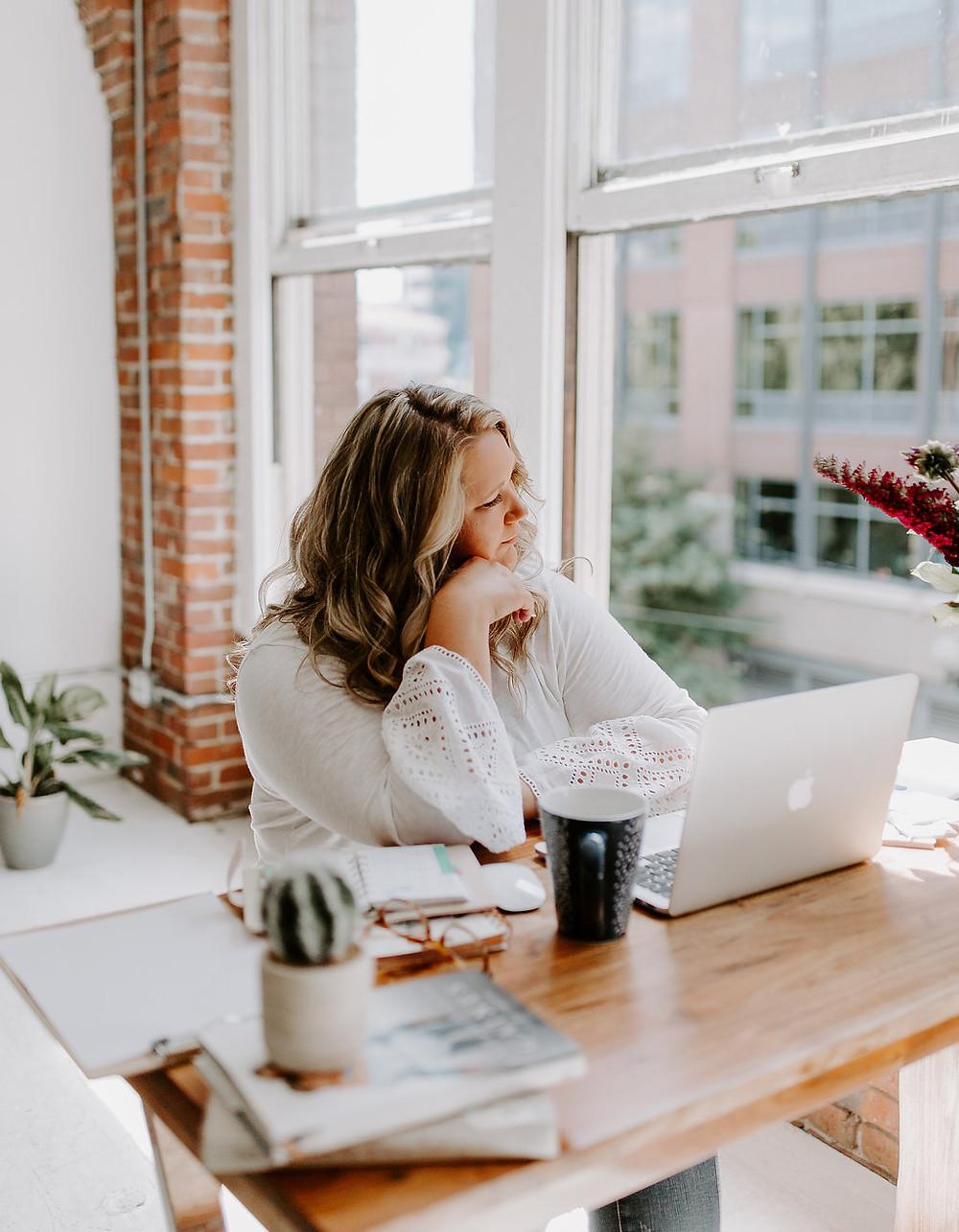 Web Design Blogger Giving Business Inspiration in Washington State by Ashley Lasken