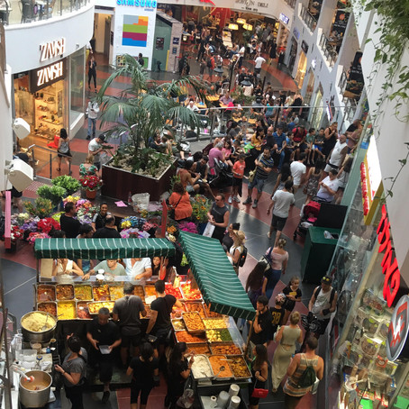 Dizengoff Center Food Fair, a 22-Year-Old Tel Aviv Tradition