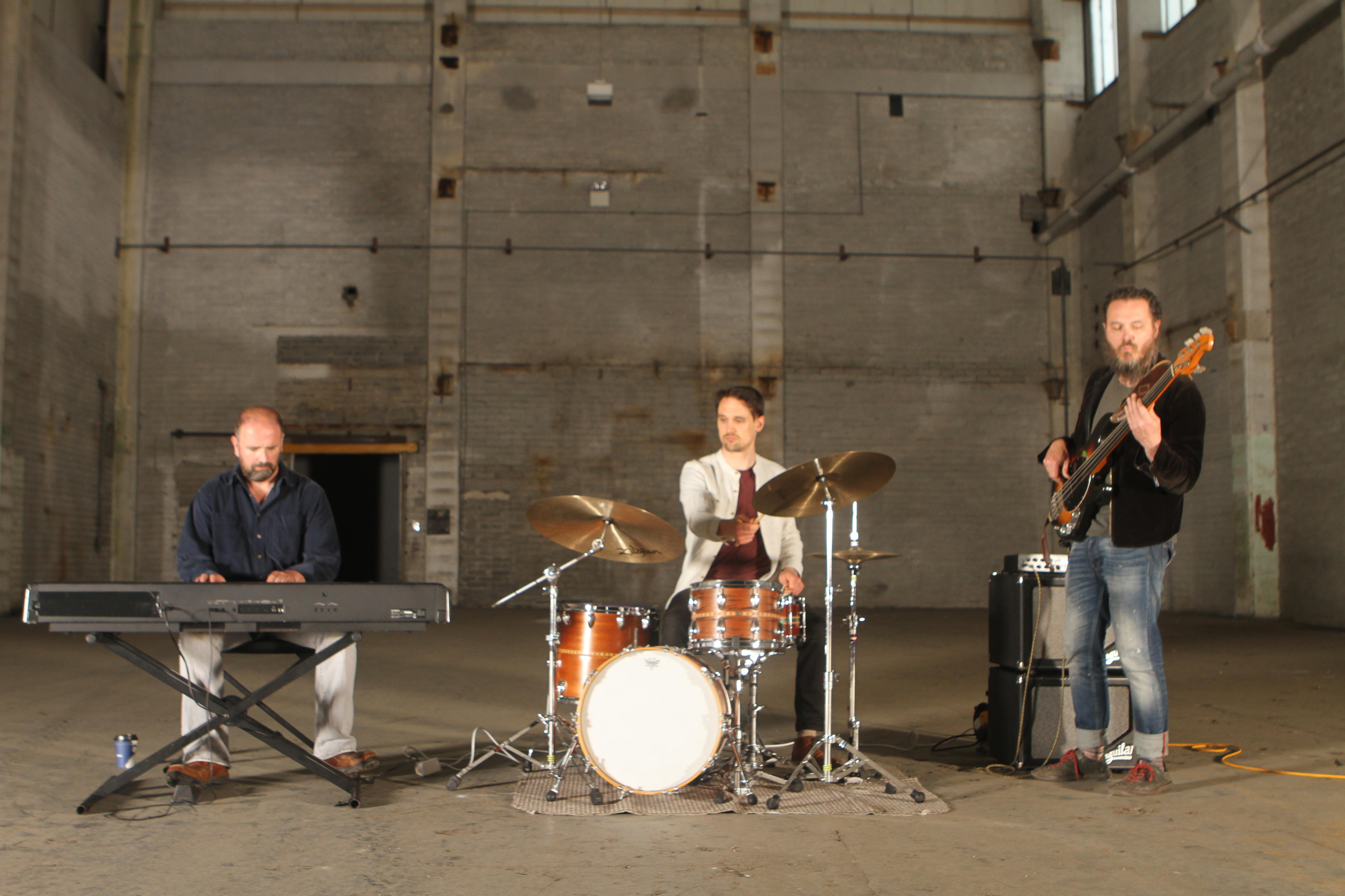 Kobe Trio 7