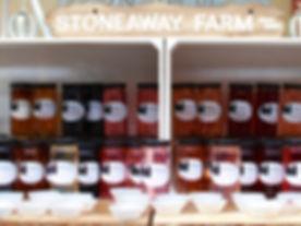 Stoneaway Farm Preserves Wine Jelly_edited.jpg