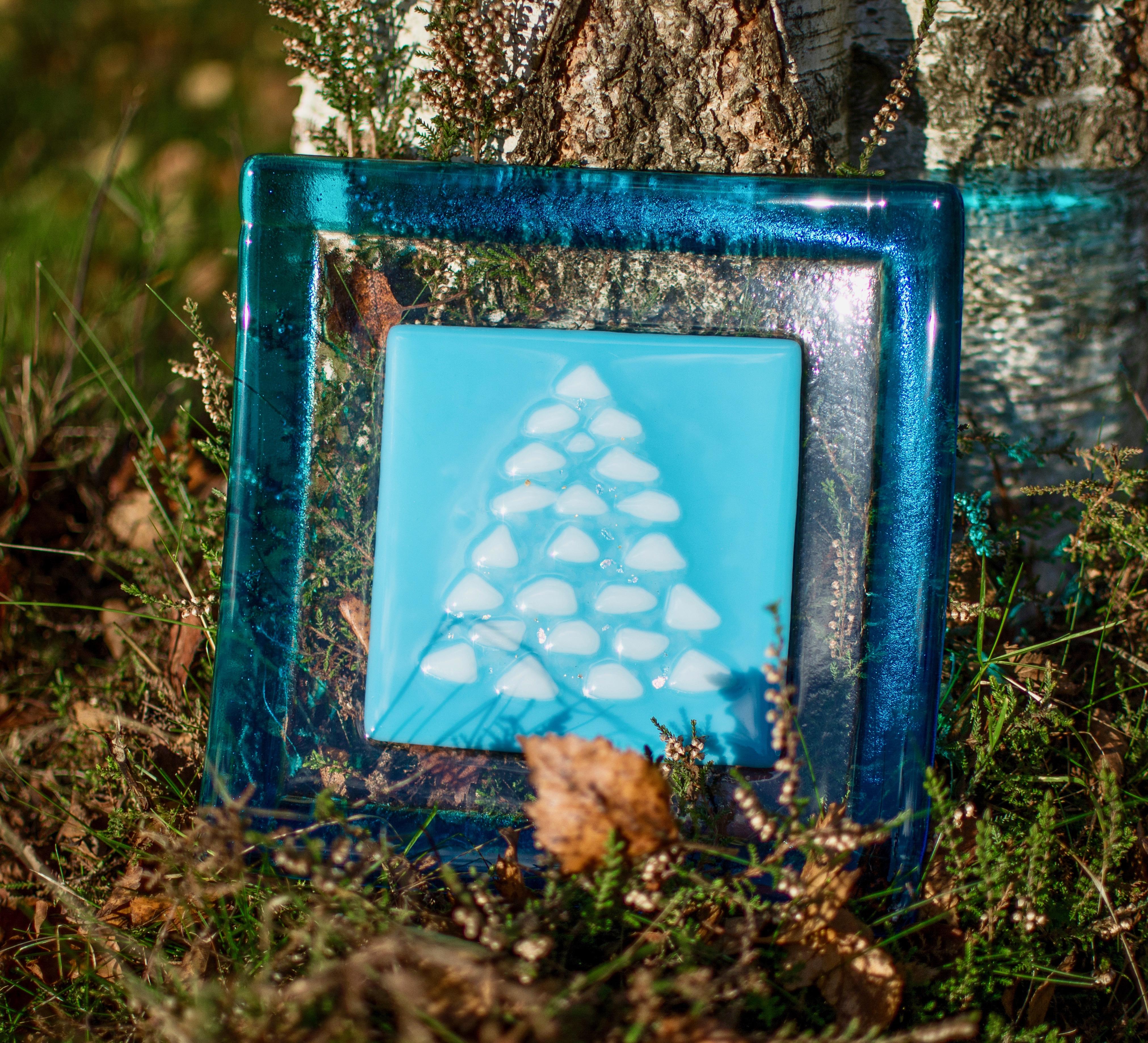 turquoise xmas tree plate