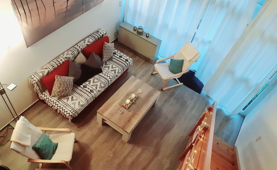 Übersichtsaufnahme des Wohnzimmer