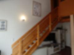 Treppe zum separaten Schlafzimmer