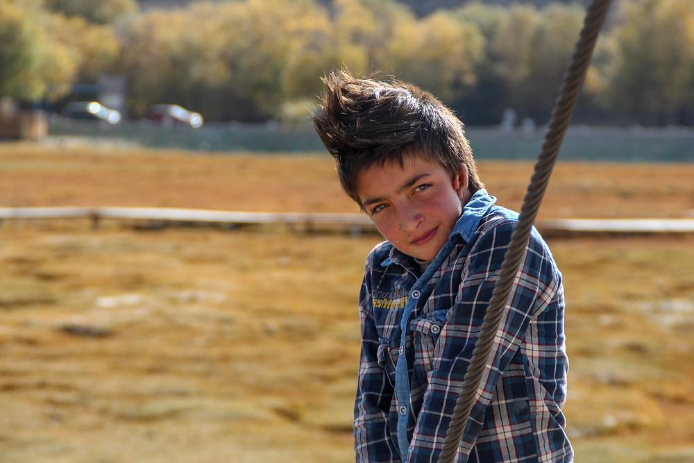 ילד מקומי בטאשקורגן