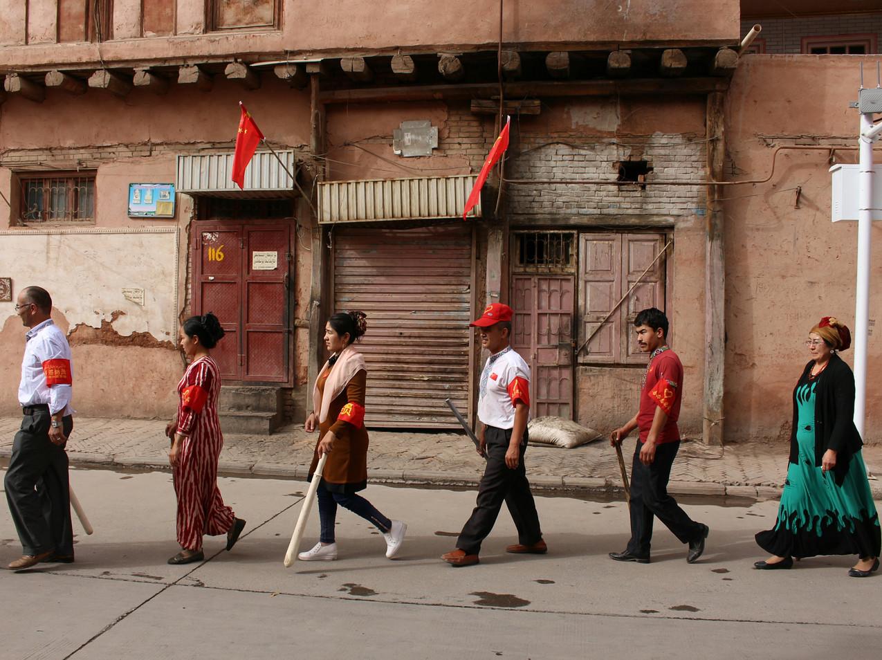מקומיים עורכים אימונים ברחוב