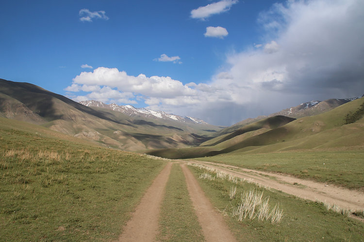 the road to song kol, kyrgyzstan