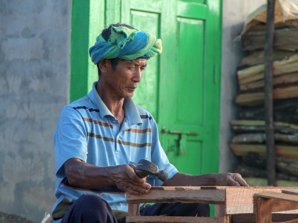 A carpenter, in a village between Kalaw and Inle Lake