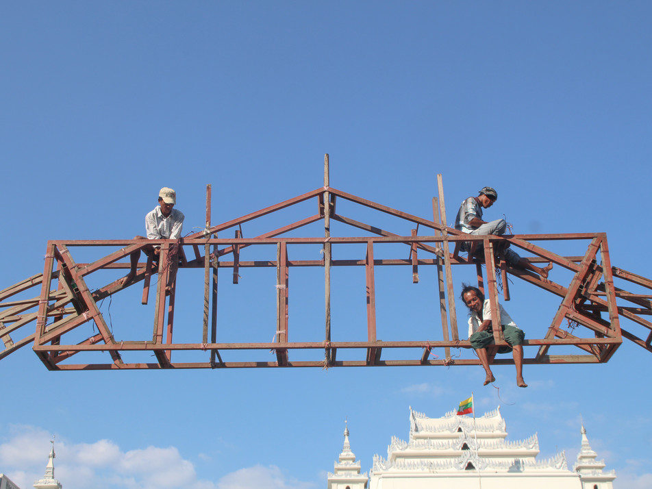 Workers in Yangon