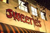 Sweetie's Art Bar