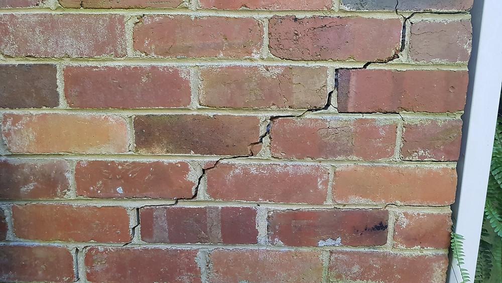 Crack in brick work