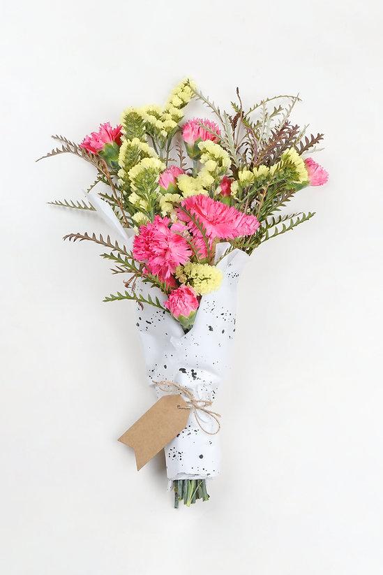 Jaune et rose Bouquet de fleurs
