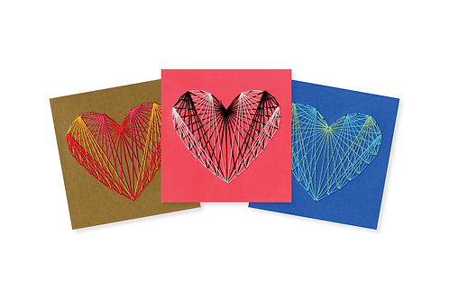 PATTERNED STRING HEART ON COLOR GREETING CARD