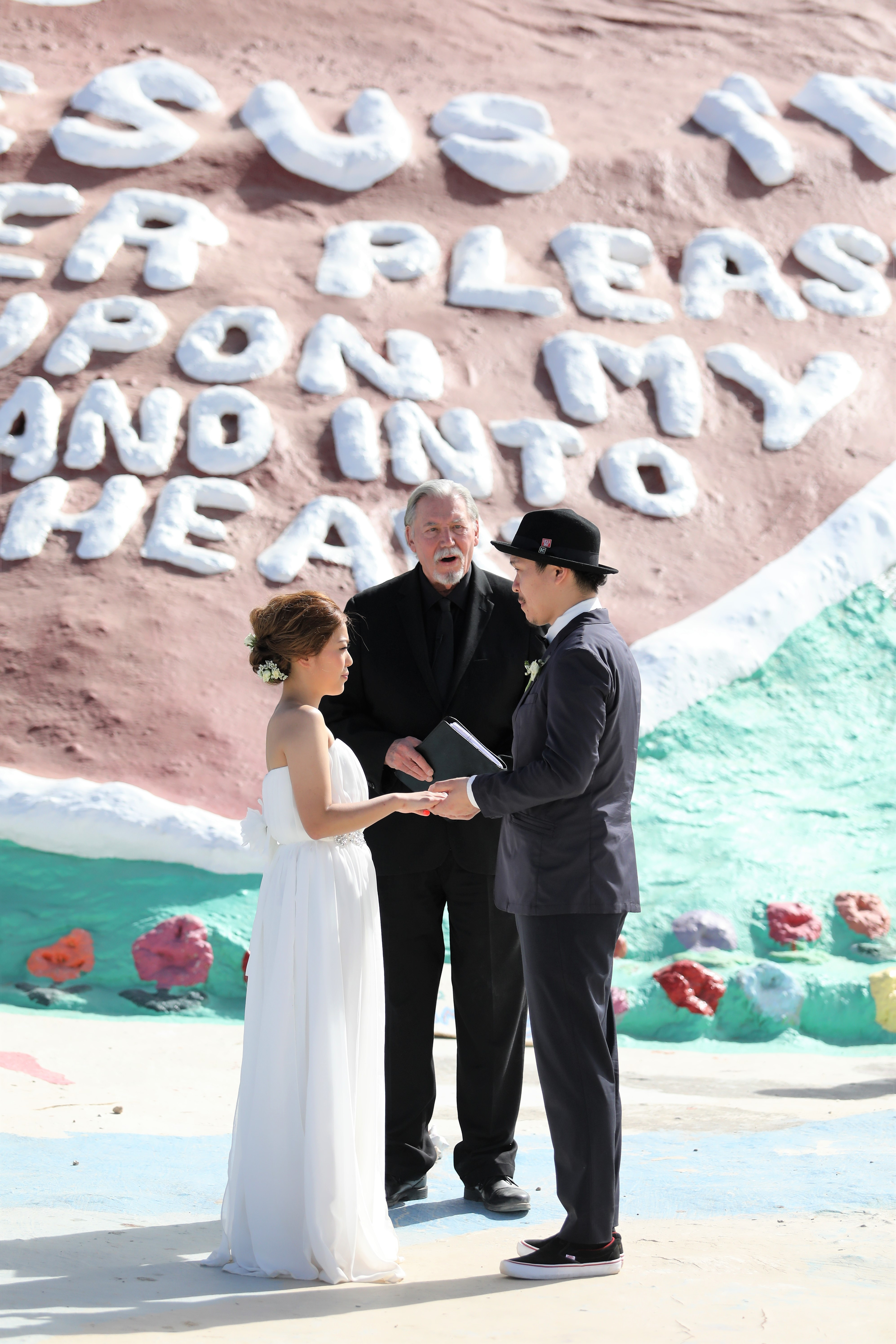 Salvation Mountain Wedding 3.8 (30)