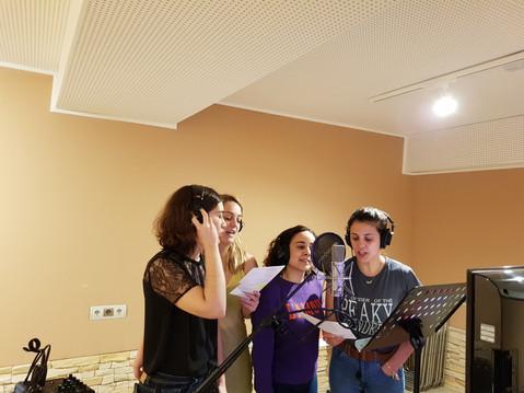 Grabación de voces en Raro Tempo (Madrid, abril 2018)