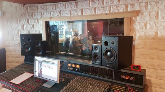 Curso avanzado de doblaje de canciones en Moby Dick Recording Studio (Málaga, febrero 2020)
