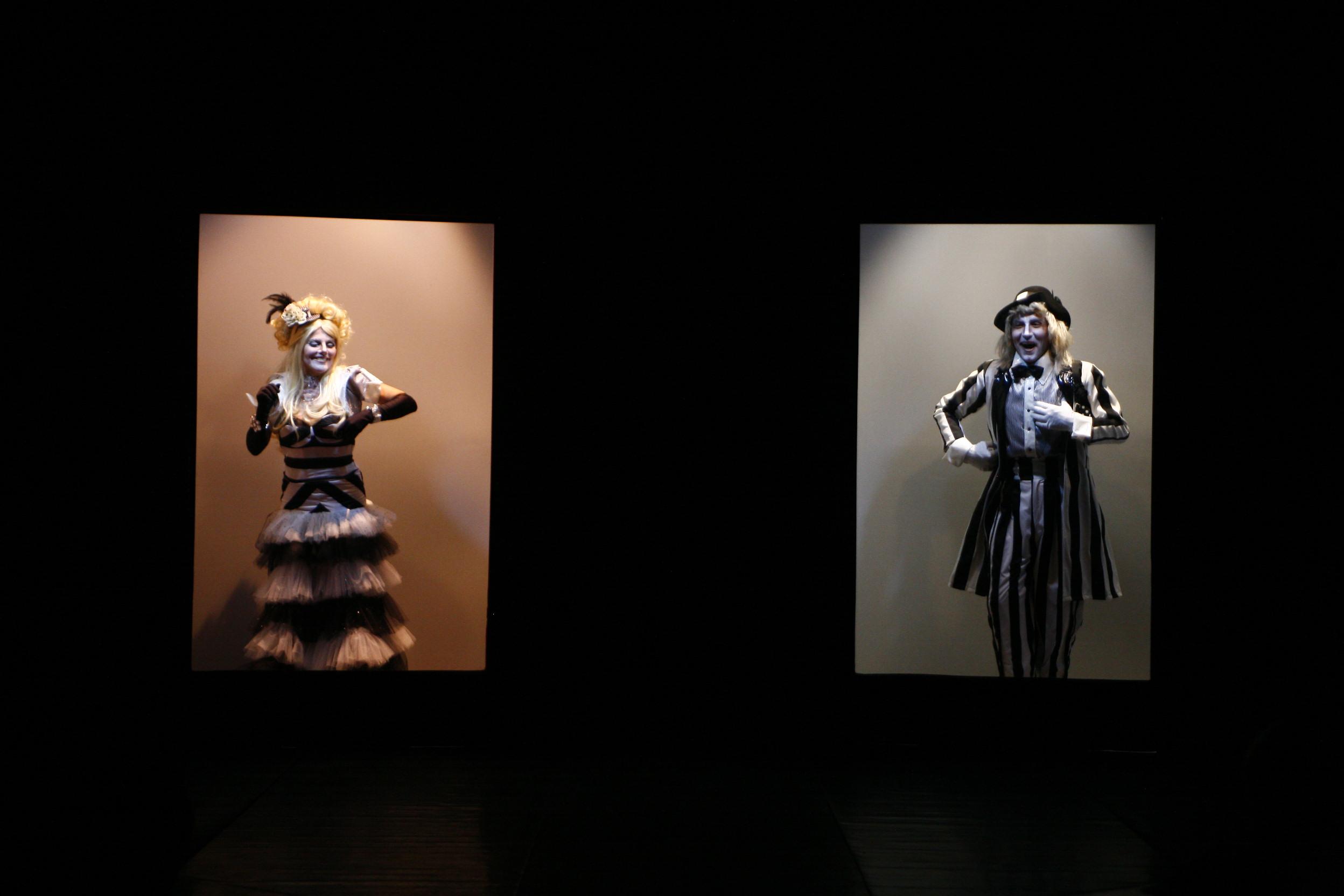DENTROFORA (2009)