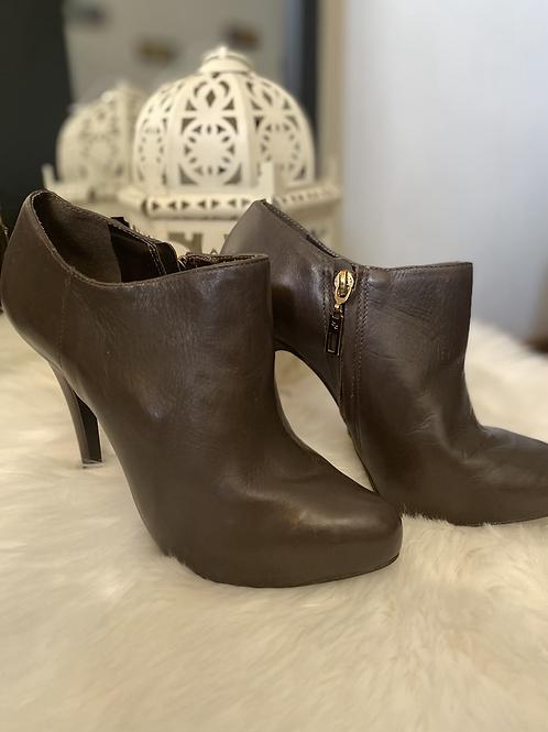 Boot couro - Tam 35