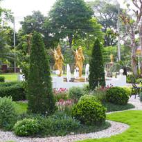 Kinnaree garden_201130_7.jpg