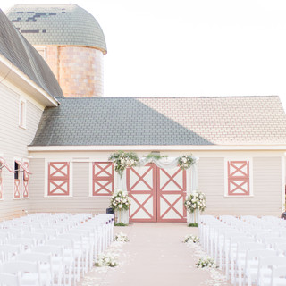 Six Foot Photography Historic Wakefield Barn Chad Biggs Event Planning and Design