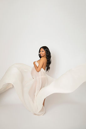 Maternity studio photographer Los Angeles