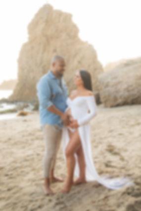 El Matador beach maternity photography
