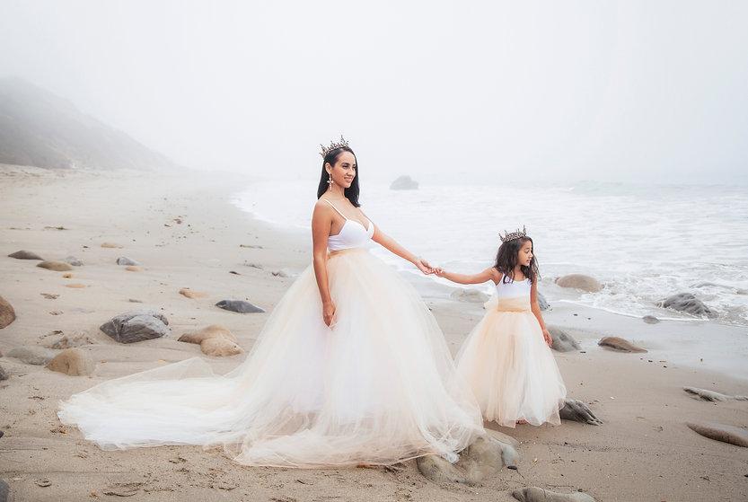 Los Angeles beach family photographer