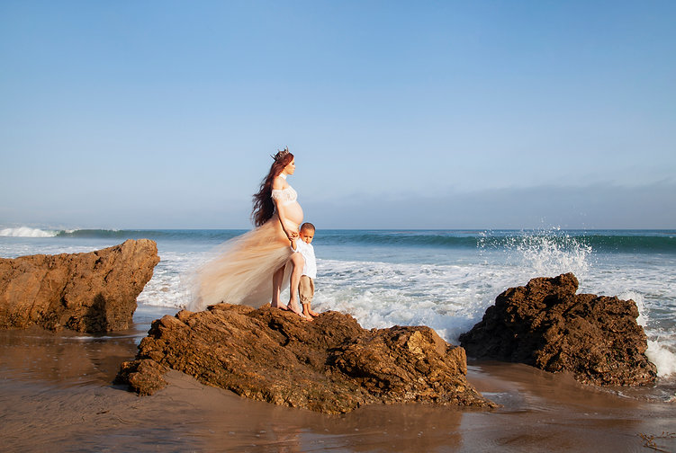 El Matador Beach Maternity Photography Session