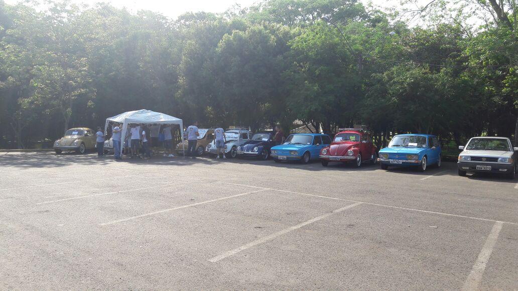 6º Encontro de Carros Antigos Franci
