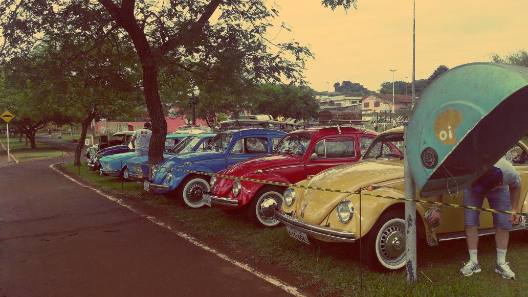 9º Encontro Club Autos e Antigos Lar