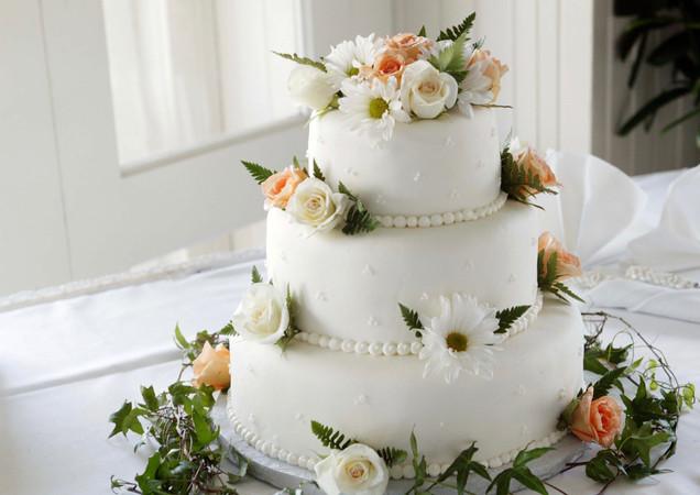 Blooming Bridal Cake