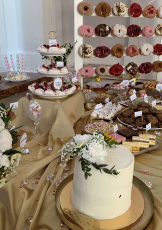 Party Cakes & Sweets