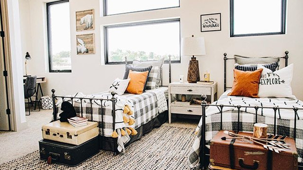 Swipe to see the most ADORABLE bedroom i