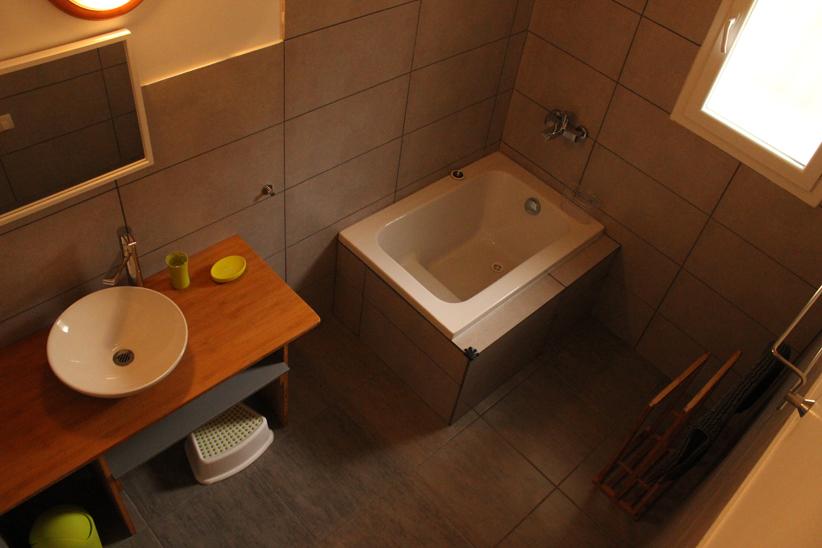 s.d.b. avec baignoire