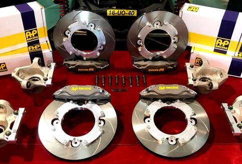 Can-Am Maverick X3 AP Racing Competition BBK