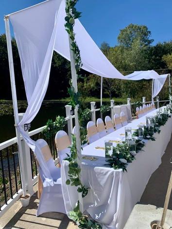 Outdoor Wedding Head Table.jpg