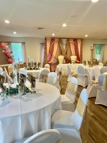 Decorations by Eleven11 Events.jpg