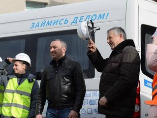 Профориентационный автопоезд с комплексом охраны труда едет на ВНОТ