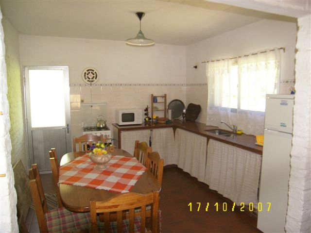 Villazul, cocina-comedor