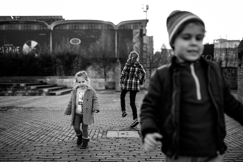 Kids being strange in Milan