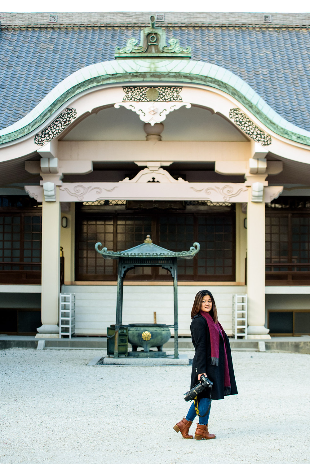 Anna Mae in front of the buddhist temple
