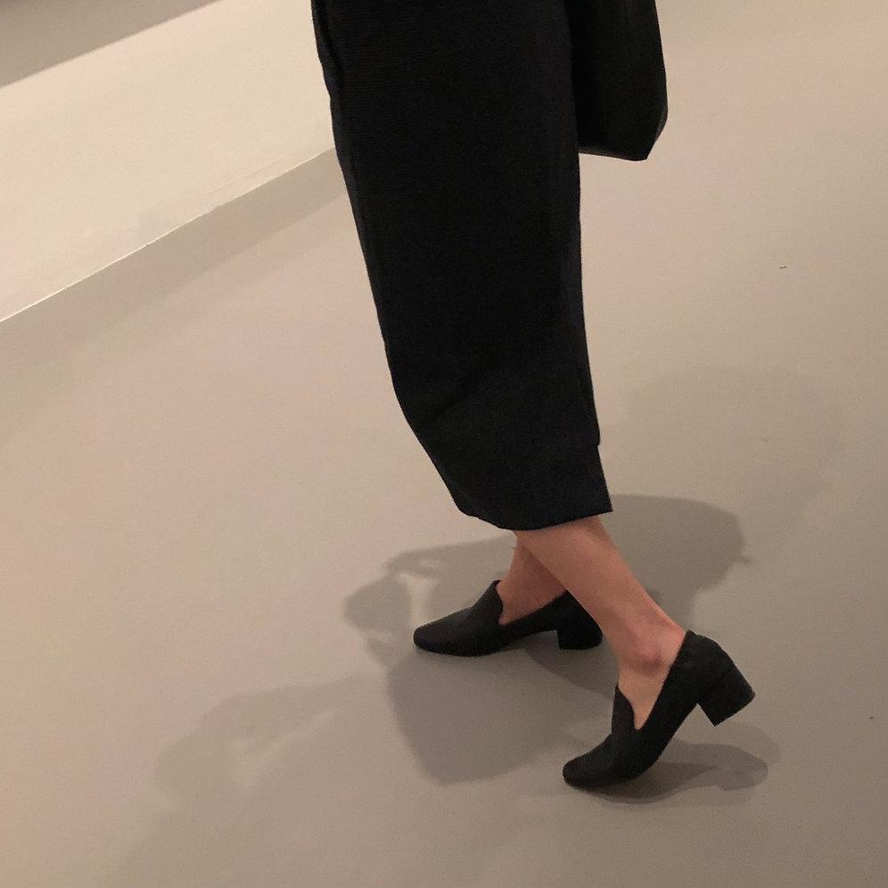7c67857c Leather Mid-heel Loafer