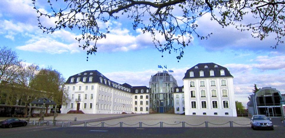 Schloss_SB_edited_edited.jpg