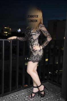 jennifer london 4-min.jpg