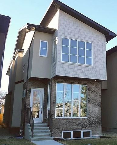 421 Calgary front elevation.JPG
